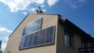 Dom jednorodzinny - montaż na ścianie i dachu